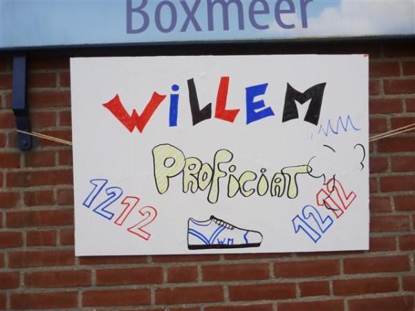 Willem Muetze, de lijstaanvoerder van Dutch 100 Marathon Runners, organiseerde en liep zijn 1212de marathon op 12/12/2012, gedoopt tot Rondje Boxmeer, de woonplaats van zijn vriendin Annemarie.