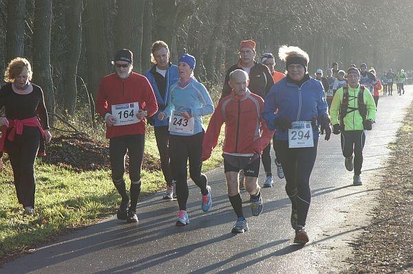 """27 Het bestuur van de """"Dutch 100 Marathon Runners"""""""