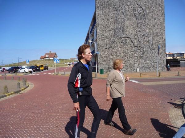 101. Francis Spoelstra en Annemarie Hosli op weg naar de volgende verzorgingspost