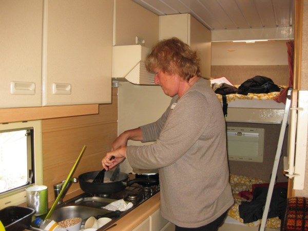 173. Annemarie Hosli kookt een godenmaal
