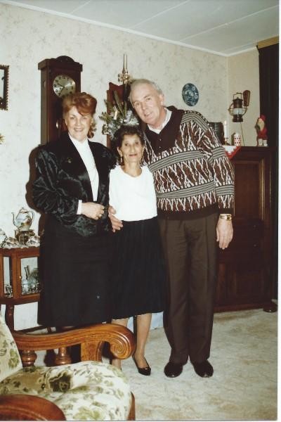 Oma Enedina(R.I.P.) was ook zeer welkom bij tante Teu en oom Dries(R.I.P.)