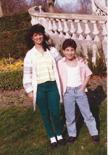 Ed Soriano met tante Negrite(R.I.P.) in Park Clingendael