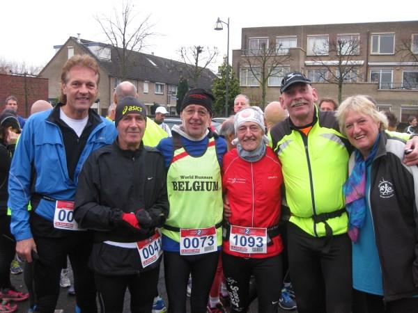 2013, 24 november, Tis voor Niks, Geldrop, Francis Spoelstra, Chris Spooren, Jacques Vandewal, Louis Hufkens, Willem Muetze en Annemarie Hosli, zie verslag