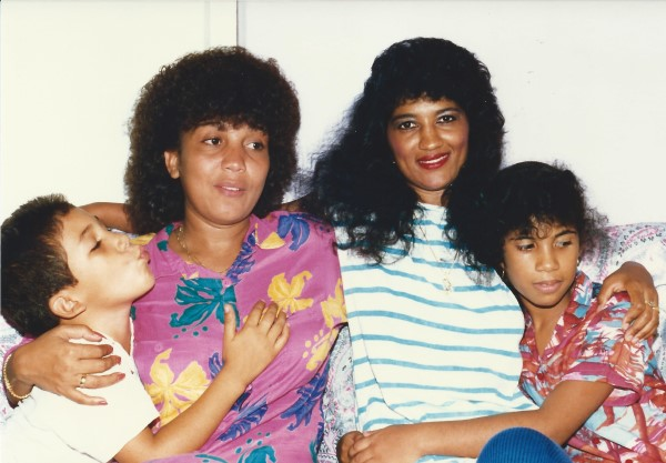 Eduardo Soriano, Mama, Negrita(R.I.P.) yenny