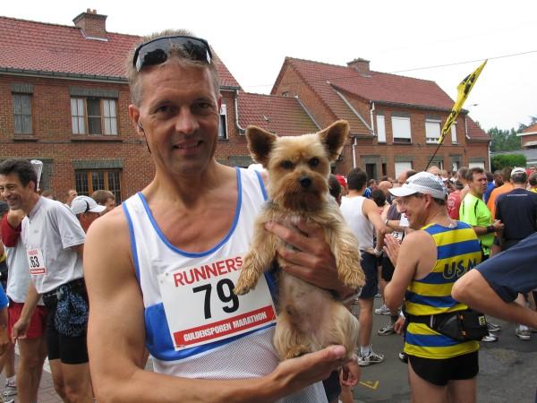 2005, 3 juli, Gulden Sporen Marathon, Kortrijk, zie verslag