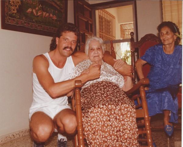De moeder van oma Enedina, de over-grrot-moeder van Eduardo Soriano