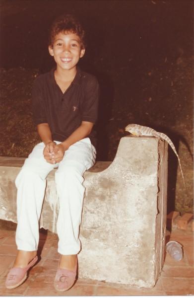 Dagje naar de grotten van Santo Domingo, Eduardo Soriano met een leguaan