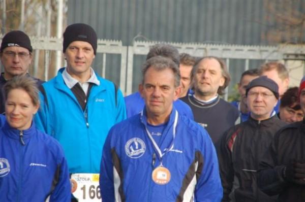 5. Toon van Vlimmeren voor de start van zijn 100ste Marathon, de Maratoon
