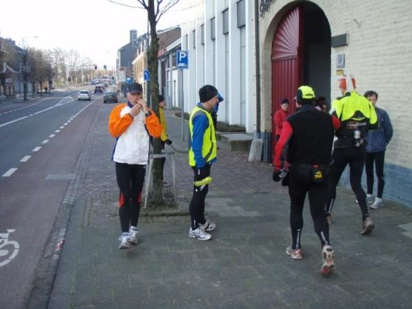 68. De tweede verzorgingspost van de Silvester Marathon